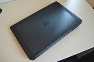 Bán Laptop Hp Zbook 17 G1 i7 4930MX RAM 16GB SSD 256GB NVIDIA K5100M 17.3 FHD
